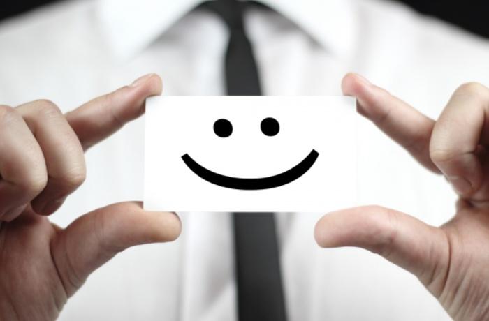 customer-service-smile_1