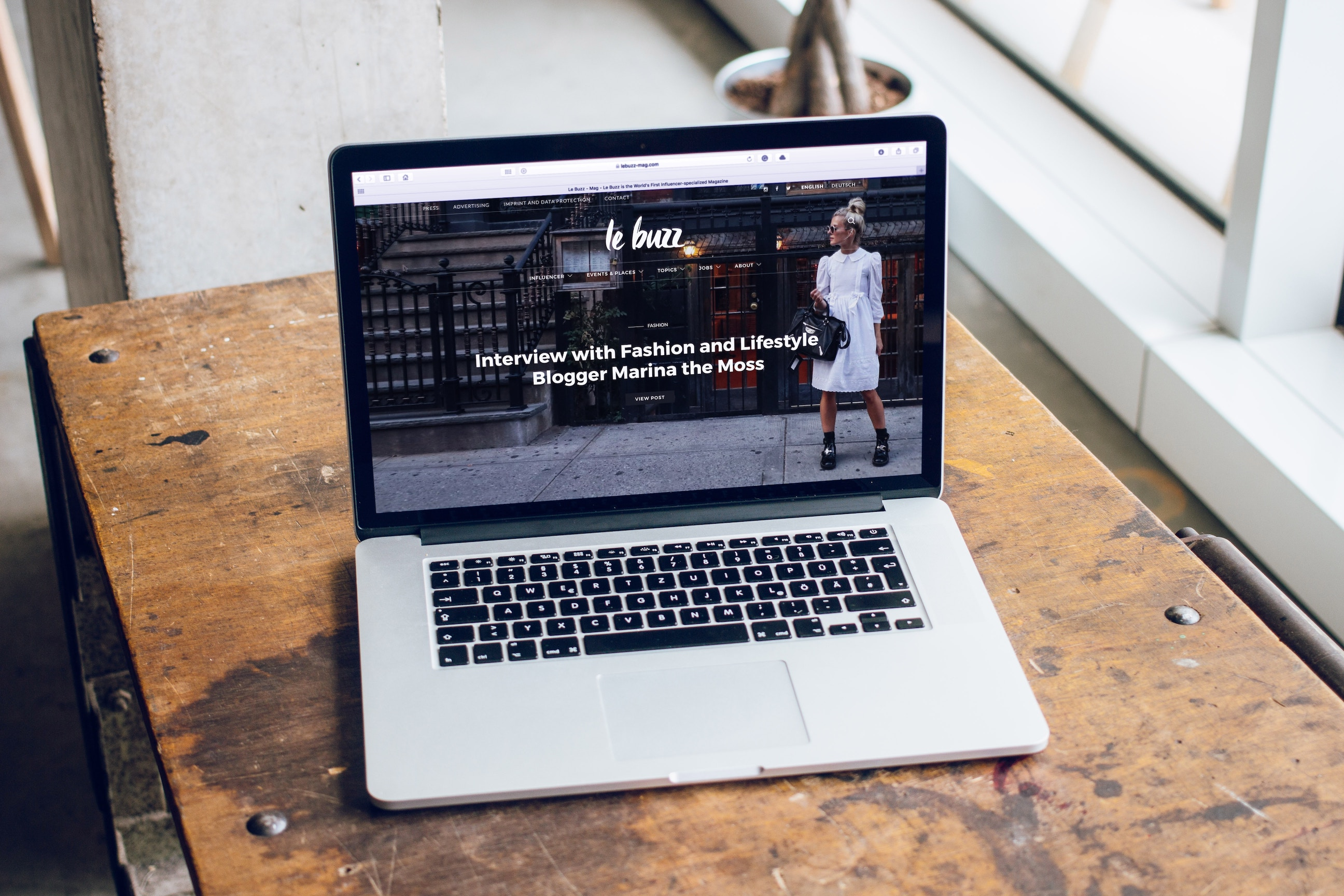 crear una página web corporativa